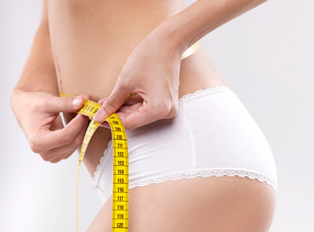 Mỡ bụng chủ yếu tích tụ quanh vùng bụng của phụ nữ sau khi sinh em bé.