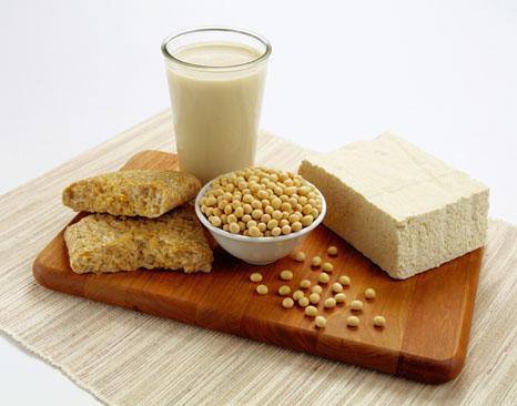 Đậu nành là món ăn giảm mỡ bụng nhanh chóng
