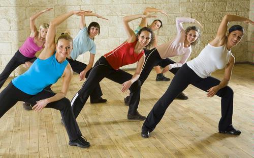Thể dục giảm béo bằng bài tập aerobic