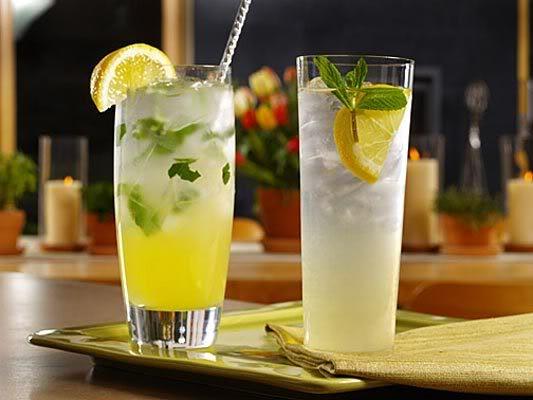 Uống nước chanh mỗi buổi sáng là cách giảm cân 2 tuần hiệu quả