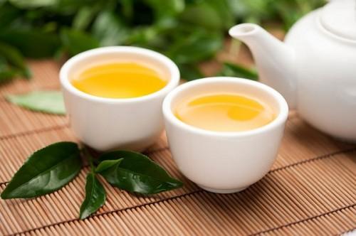 Nước trà xanh có tác dụng giảm béo tuyệt vời