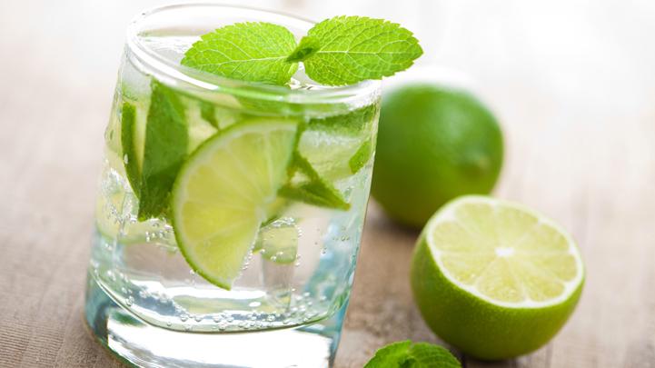 Giảm béo với chanh pha loãng thay nước lọc hàng ngày