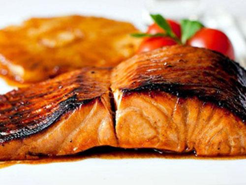 Cá là thức ăn giảm béo bổ dưỡng