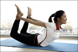 3 bài tập thể dục giảm béo bụng – Giảm 2CM sau 10 ngày cho dân văn phòng