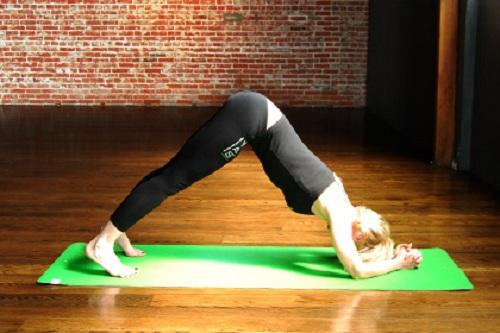 giam-mo-bap-tay-cung-5-bai-tap-yoga-cuc-don-gian-5